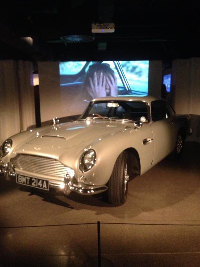 Bond's Jag