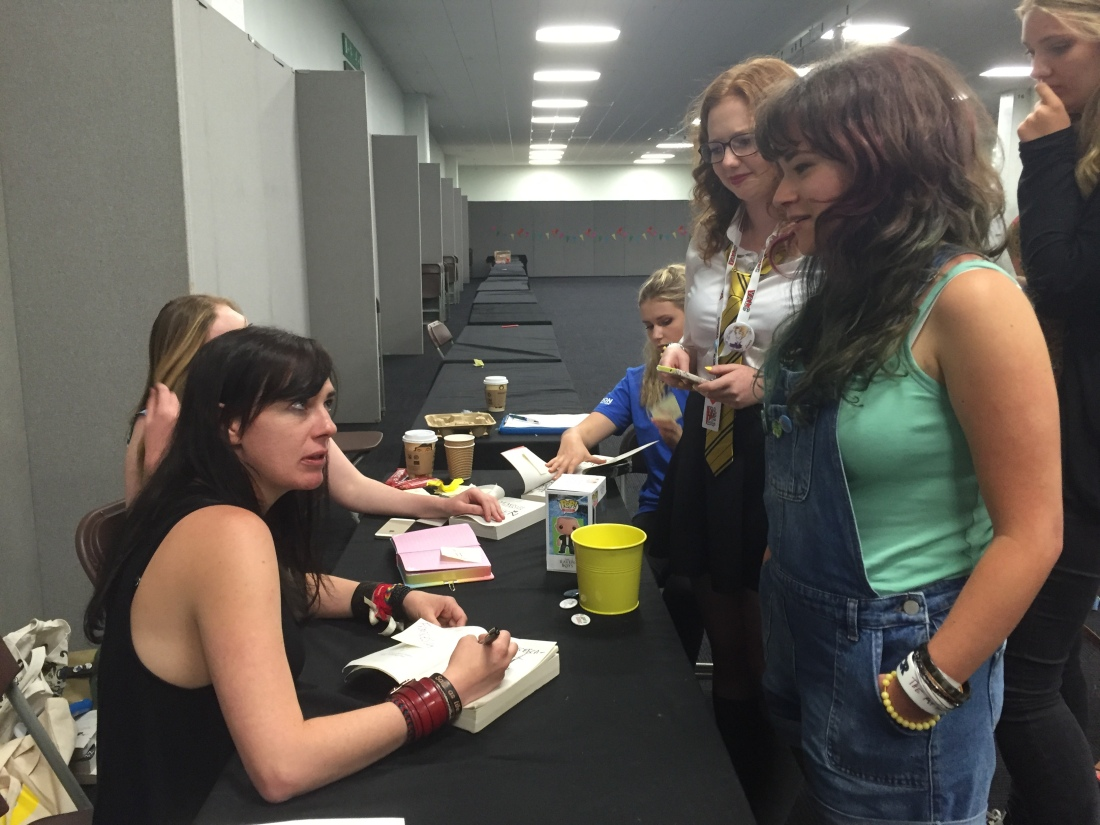 Meeting Maggie Stiefvater at YALC 2016