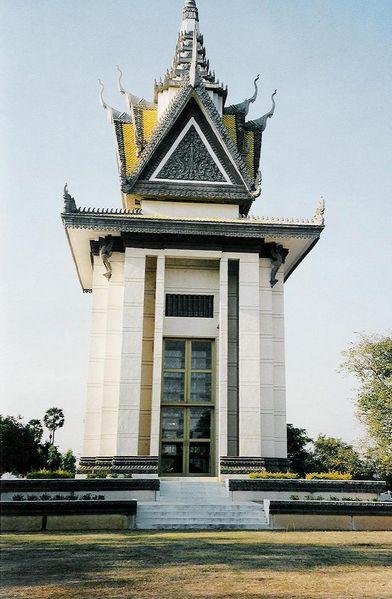 Choeung Ek Memorial Stupa
